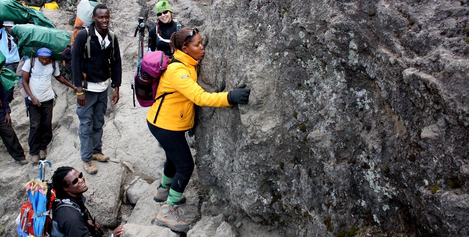 Barranco wall kissing rock
